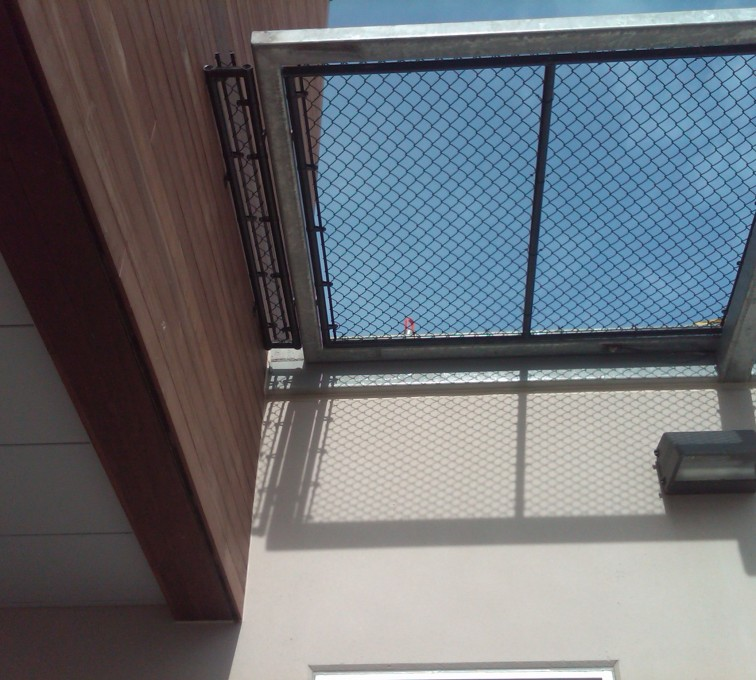 AFC Ames - Chain Link Fencing, Bellevue Hospital 25th and Cornhusker(12)