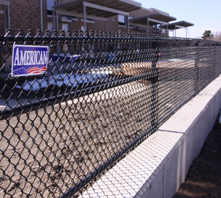 AFC Ames - Chain Link Fencing, Black Vinyl Chain Link 4' Tall
