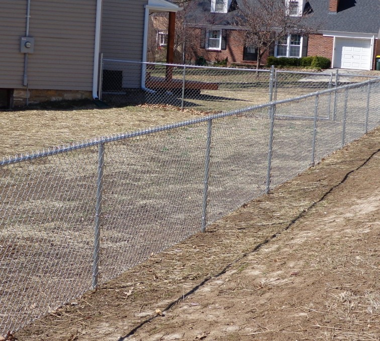 AFC Ames - Chain Link Fencing, 4' Galvanized Chain Link - AFC-KC